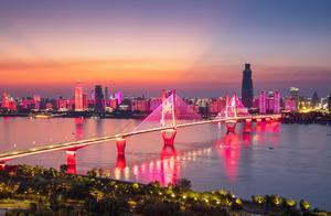 中国城市竞争力报告发布:武汉城市综合经济竞争力排前十