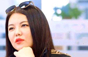 47岁王岳伦退出李湘关联公司?网友:不离婚对不起大女主人设