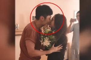 杨丞琳分享求婚视频,被李荣浩感动到落泪,两人甜蜜亲吻爱称超甜