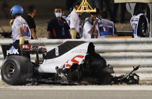 惊魂一刻!F1巴林站格罗斯让赛车解体瞬间起大火