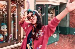 上海迪士尼门票首次低于半价,拍婚纱照后在迪士尼可晒的甜蜜照片