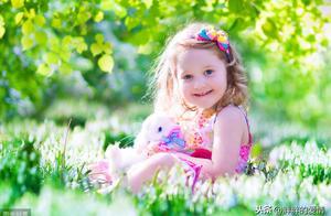 可以相信别人,但不可以指望别人;不要拒绝善意,不要停止微笑