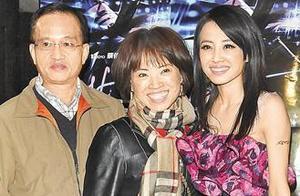 40岁蔡依林还未嫁,老爸再婚连生两子,曾大嘴曝光她和彭于晏恋情