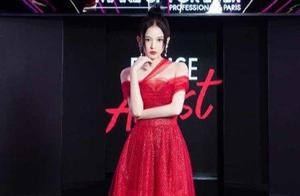 娜扎撞上刘雨昕,公主红裙和雅痞西装,女性化和中性风你更爱谁?