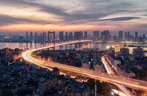 武汉最新城市宣传片 爱与希望比病毒蔓延得更快