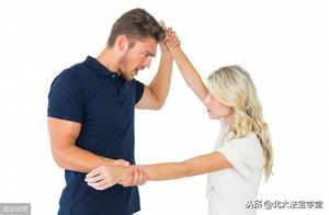 长期家庭暴力行为,是虐待还是故意伤害?