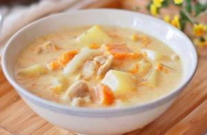 看似无语的黑暗料理,竟如此美味,营养丰富还养颜美容。牛奶炖菜