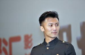洪欣否认和张丹峰离婚,又爆王菲和谢霆锋分手:姐弟恋都必分?