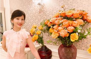 赵雅芝提前庆66岁生日,粉裙太少女,网友:女神是吃防腐剂了吗