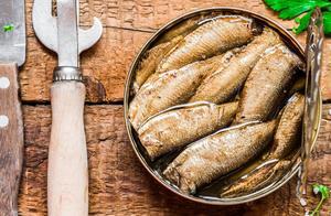 遭人嫌弃的鲱鱼罐头,为啥在国外卖得很好?原来我们一直吃错了