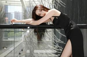 迪丽热巴黑色高开叉低胸裙,性感婀娜!这才是女明星该有的姿态