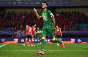 国安1-1战平上港,收获联赛季军,成功入围下赛季亚冠