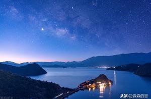 泸沽湖连日出现七彩祥云,这个冬天给自己来一场明媚之旅