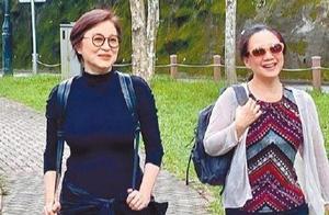 林青霞和友人爬山被偶遇,穿紧身衣暴露66岁蜂腰,一头红发惹眼