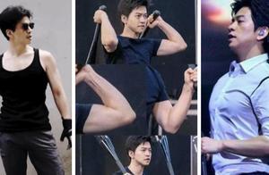 46岁李健身材上热搜,这才是中年男人该有的肌肉吧