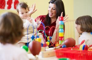 德国幼儿园: 教孩子尊重他人的身体自主权