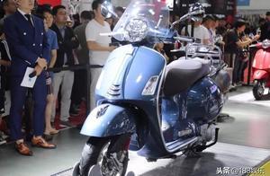 踏板摩托车中的贵族,Vespa GTS 300(hpe),实拍评测。关注更多
