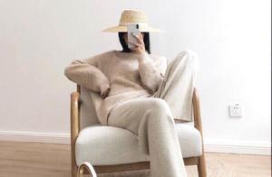 今年秋冬最流行的治愈系百搭颜色-燕麦色!这样搭配更时尚