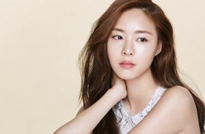 SM的大美人李沇熹,被爆不再和公司续约,她是被谁给耽误了?