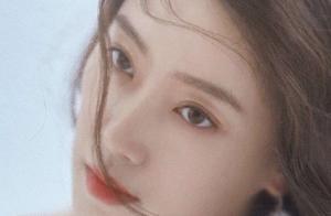 壁纸-电影《你好李焕英》里的妈妈张小斐,原来也可以这样美!