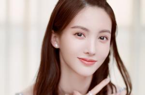 金晨手写信鼓励想要轻生的粉丝,她也得过抑郁症,网友:暖心