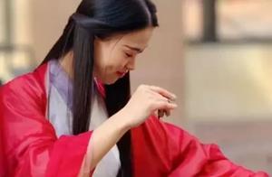 90后汉服美女弹古筝,在国外爆火,外国人:中国传统文化真美