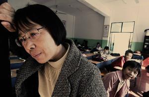 """被张桂梅拒绝捐款的""""全职太太""""发声:感谢她的训话,当了老师"""