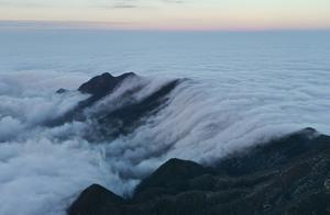 """江西庐山的""""云瀑布"""",一生见过一次就够了,世间绝美的景色"""