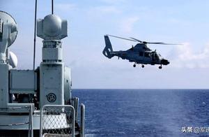 中国海军亚丁湾火力全开,实弹演习亮出肌肉,专家:亮剑恰是时候