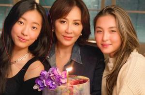 陈奕迅16岁女儿近照,穿小背心打扮成熟,和妈妈有同款单眼皮
