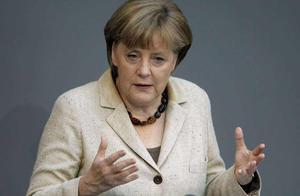 德国首都爆发混乱后,默克尔官邸又被车撞了,欧洲局势或要生变?