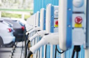 政府规定:燃油车不得占用充电车位!根治电动车主的一大痛点?