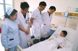 河南郑州:家长刚下楼不到10分钟,5岁男孩从13楼坠下