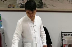 徐骥老师创作八骏雪野狂飚图!