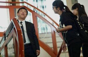明星尴尬瞬间,张翰上错车,谢娜被当赵丽颖,他买假粉接机认错人