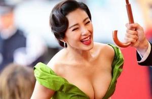 """张雨绮参加《年度先生盛典》语言组织能力堪忧,连说8个""""然后"""""""