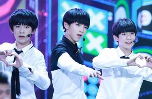 """TFBOYS跳舞""""扯裆"""":王俊凯千玺比较水,只有王源认真了!"""