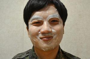 不会化妆都不好意思进韩国军营