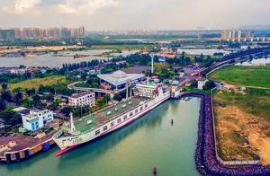 跨海铁路:从广东搭火车去海南,火车要拆成几段,坐船2小时过海