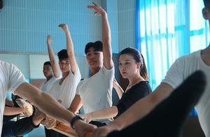 """金视界丨致敬""""最美教师"""":无声世界的绚丽舞台"""