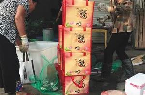 """阳澄湖""""贴标蟹"""":外地蟹价翻10倍"""