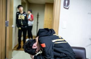 RNG赢了后,Karsa是最尴尬的一位?赛后Karsa抱头痛哭引玩家心疼