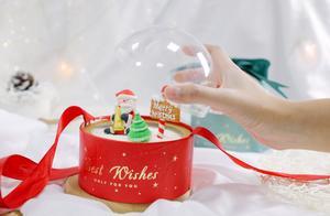 「私房爆款」简单快手的圣诞抱抱桶蛋糕,水晶球的设计梦幻感满分