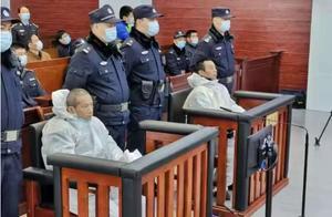 江苏淮安两逃犯暴力袭警!导致两名警员牺牲,法庭辩解警方挨家询问是骚扰