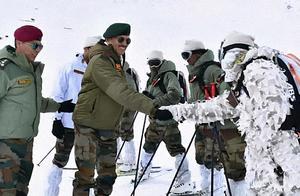 扎心了莫迪!零下50度印军士兵被冻坏,而中国解放军早已住进暖营房