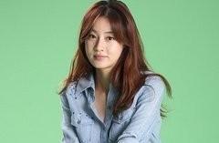 韩国最佳女演员 姜素拉 将成为母亲,目前怀孕4个月左右