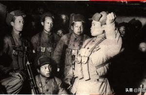 上甘岭血战,排长与8名美军同归于尽,遗愿:穿皮鞋去北京照相
