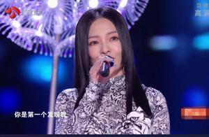 江苏晚会歌手实力差距大:张韶涵吊打网红,硬糖少女对口型明显