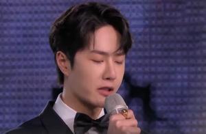 不受影响!湖南卫视跨年全网收视第一,王一博念主持词全场尖叫