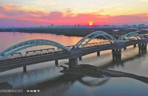 一座城,一条江,六架大桥似彩虹,秀出松花江两岸好风光